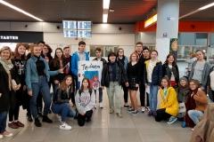 1 - Powitanie na lotnisku